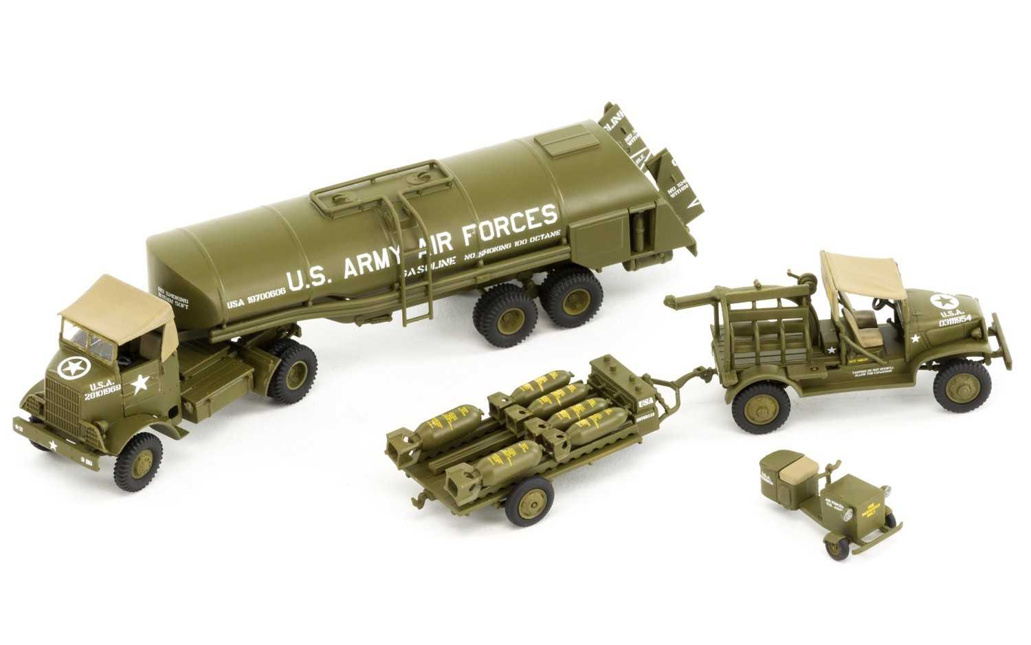1:72 WWII USAAF 8th Air Force Bomber Resupply Set