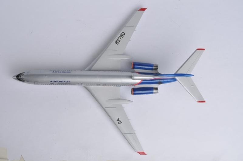 1:144 TU-154M