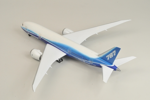 1:144 Civil Airliner Boeing 787-800 Dreamliner