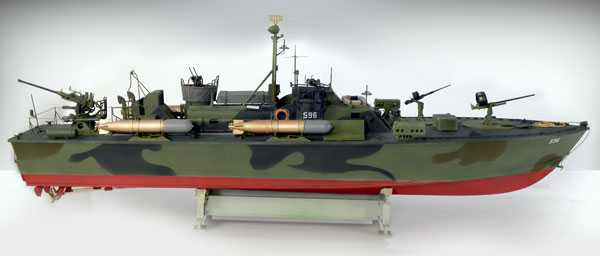 Model Kit loď PRM edice 5602 - ELCO 80' TORPEDO BOAT  PT - 596 (1:35)