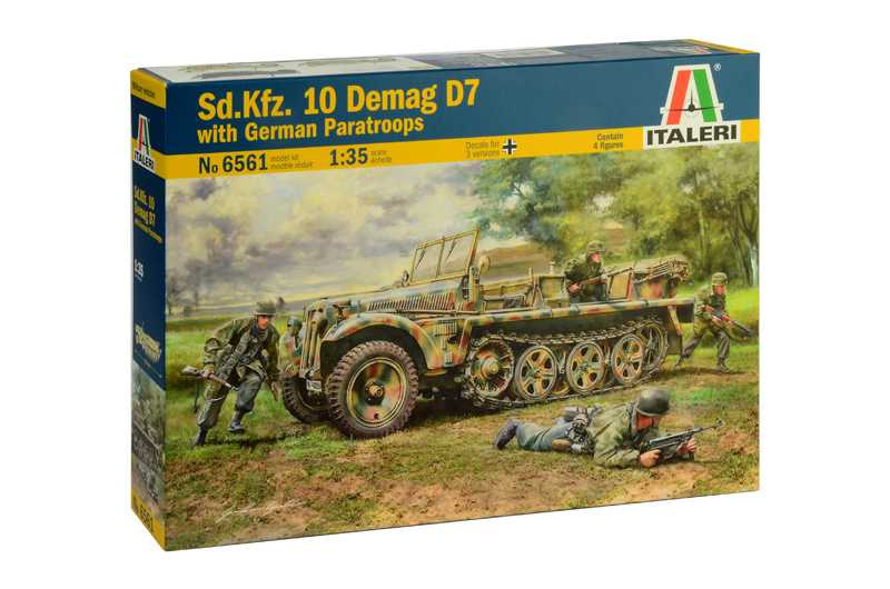 1:35 Sd.Kfz.10 Demag D7 with German Paratroops