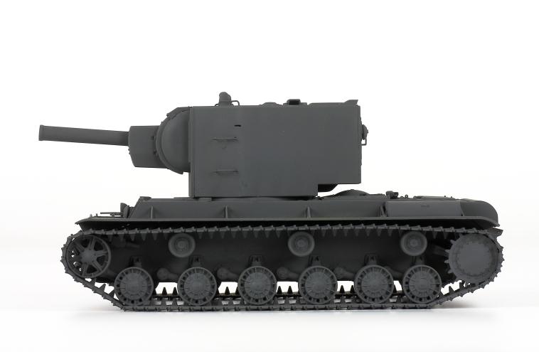 Zvezda sovětský těžký tank KV-2 (1:35)
